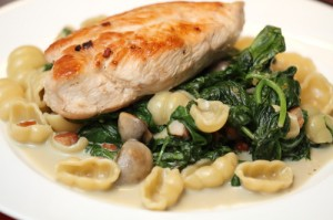 pan fried chicken with spinach and pasta